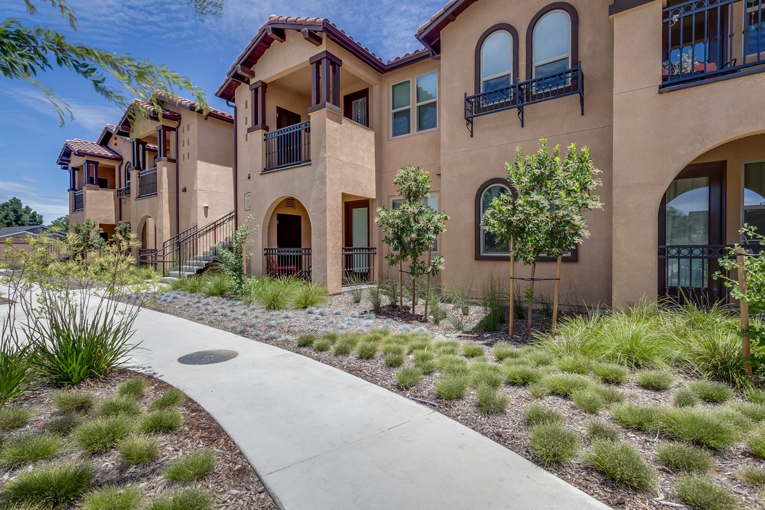 Additional photo for property listing at Ivy Terrace - Barcelona 140 Ivy Avenue Patterson, California 95363 United States