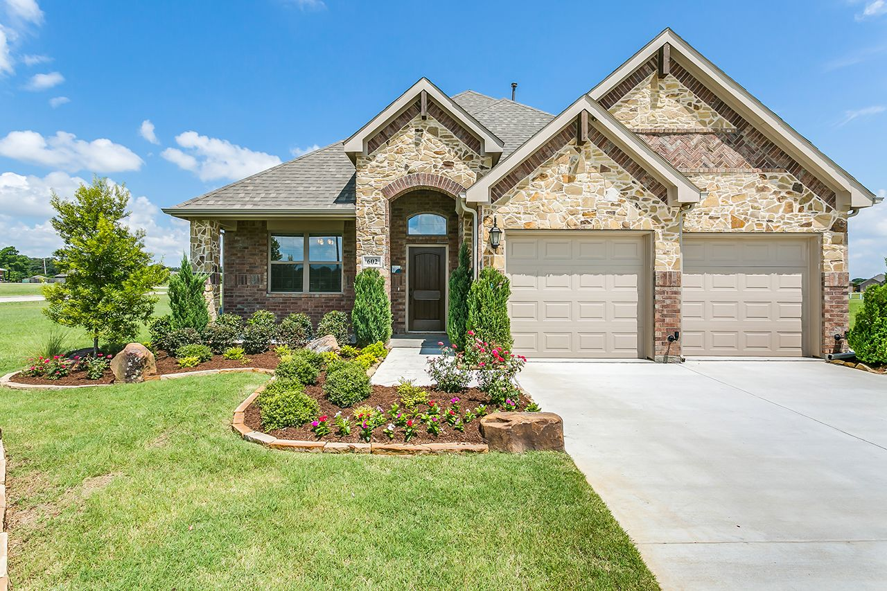 Single Family for Sale at Grand Denmark 610 Alderwood Greenville, Texas 75402 United States