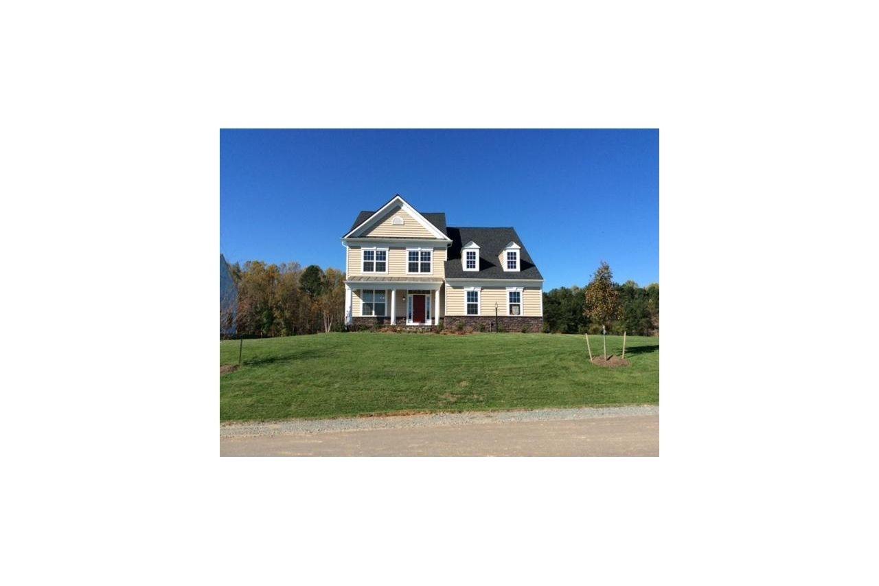 135 Poplar Manor Avenue, Fredericksburg, VA Homes & Land - Real Estate