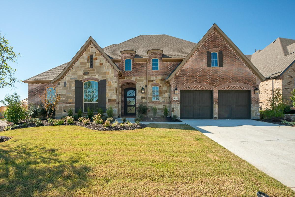 http://partners-dynamic.bdxcdn.com/Images/Homes/BelclaireHomesTX/max1500_33406518-190409.jpg