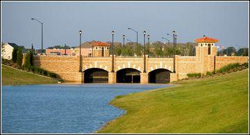 Unifamiliar por un Venta en Primrose V 2743 Neblina Court Grand Prairie, Texas 75054 United States