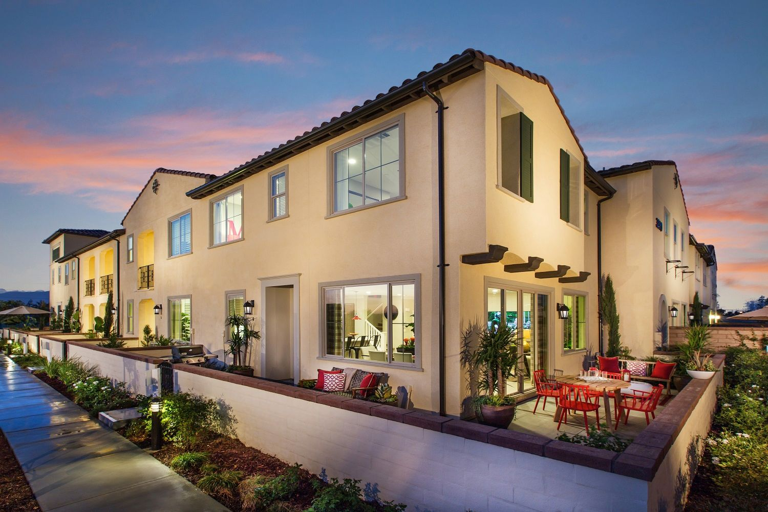 Brookfield residential socal holiday at new haven plan 1 for New homes in ontario canada
