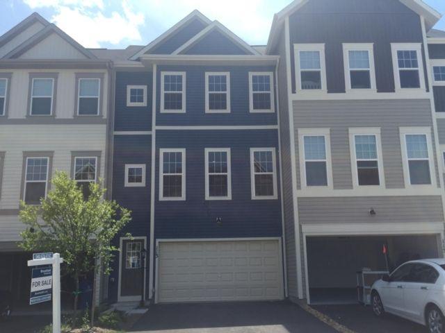 Single Family for Sale at 1335633-Snowden Bridge Summit Stephenson, Virginia 22656 United States