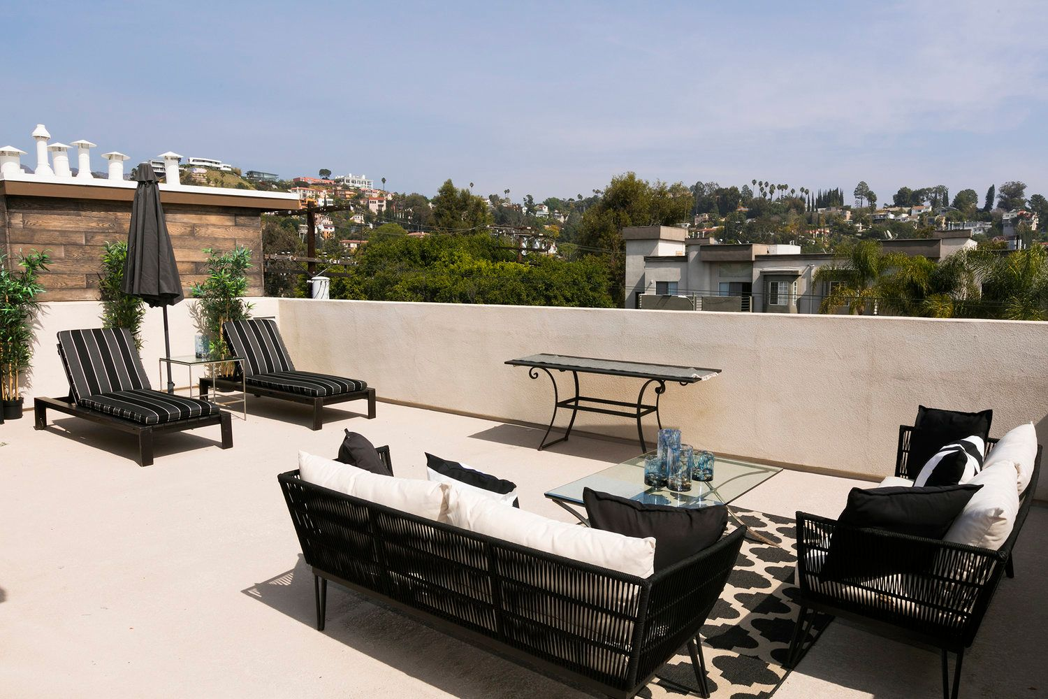 Photo of Cahuenga 18 in Los Angeles, CA 90068