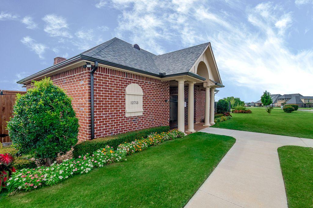 Single Family for Sale at Hartford 13014 South Ash St Jenks, Oklahoma 74037 United States