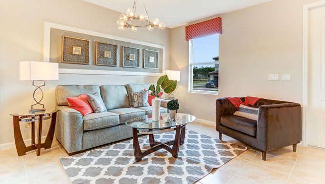 单亲家庭 为 销售 在 Edgewater 4149 Ne 21 Court Homestead, Florida 33033 United States