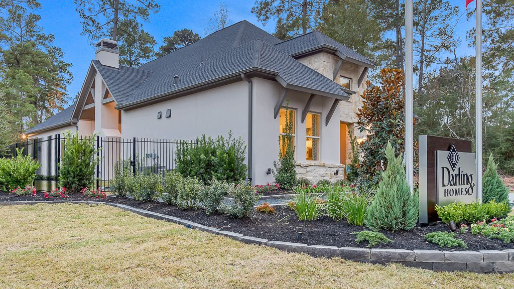 Additional Photo For Property Listing At 11 Cassena Grove Place The Woodlands Texas 77375 United