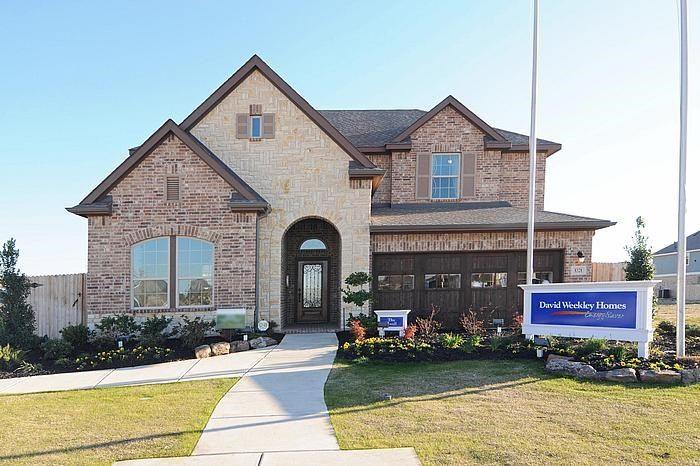 Single Family for Sale at Enclave At Castlebridge - Jewel 106 Saddle Drive Jersey Village, Texas 77065 United States