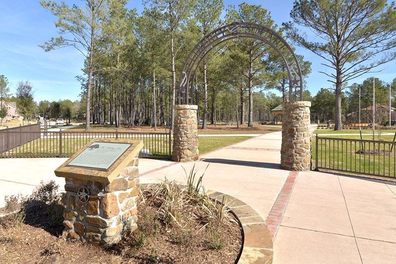 Single Family for Sale at Springdale 166 South Thatcher Bend Circle The Woodlands, Texas 77389 United States