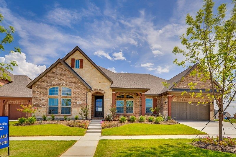 Single Family for Sale at Roseburg 1214 Norwood Street Mansfield, Texas 76063 United States