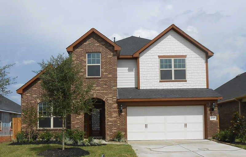 Single Family for Sale at Enclave At Castlebridge - Cruise 106 Saddle Drive Jersey Village, Texas 77065 United States