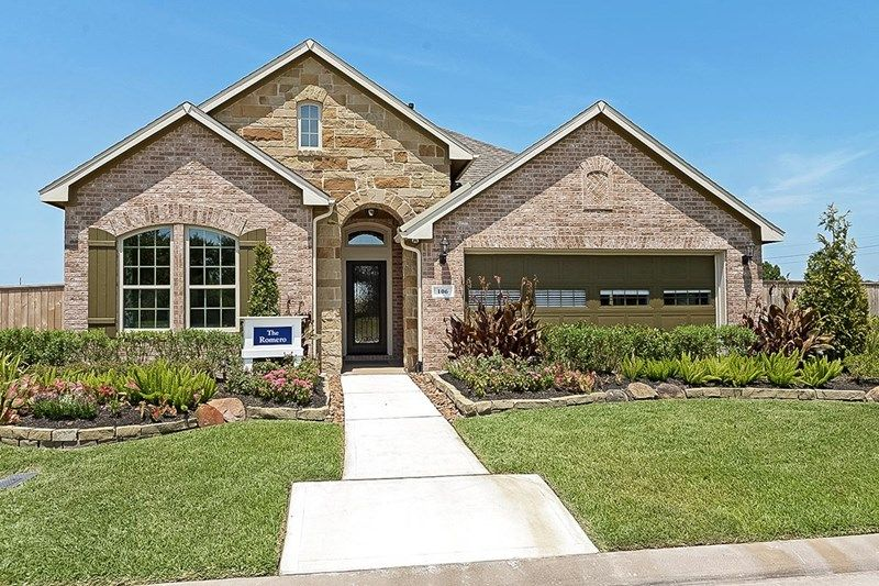 Single Family for Sale at Enclave At Castlebridge - Romero 106 Saddle Drive Jersey Village, Texas 77065 United States