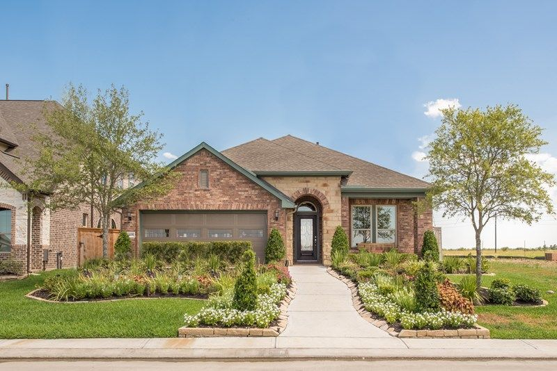 Single Family for Sale at Enclave At Castlebridge - Kepley 106 Saddle Drive Jersey Village, Texas 77065 United States