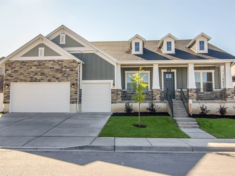 Single Family for Active at Deer Run Preserve Estate - Pennfield 986 E. Deer Heights Court Draper, Utah 84020 United States