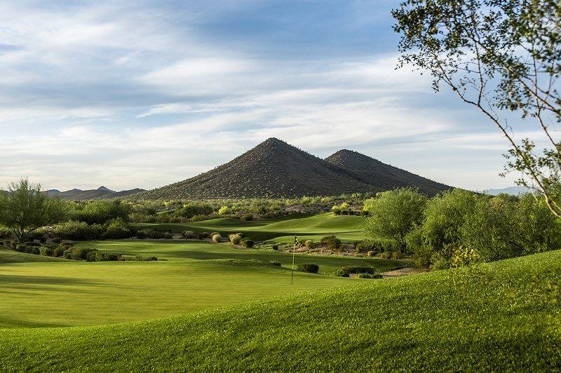 单亲家庭 为 销售 在 Havasu 12451 W Gilia Way Peoria, Arizona 85383 United States