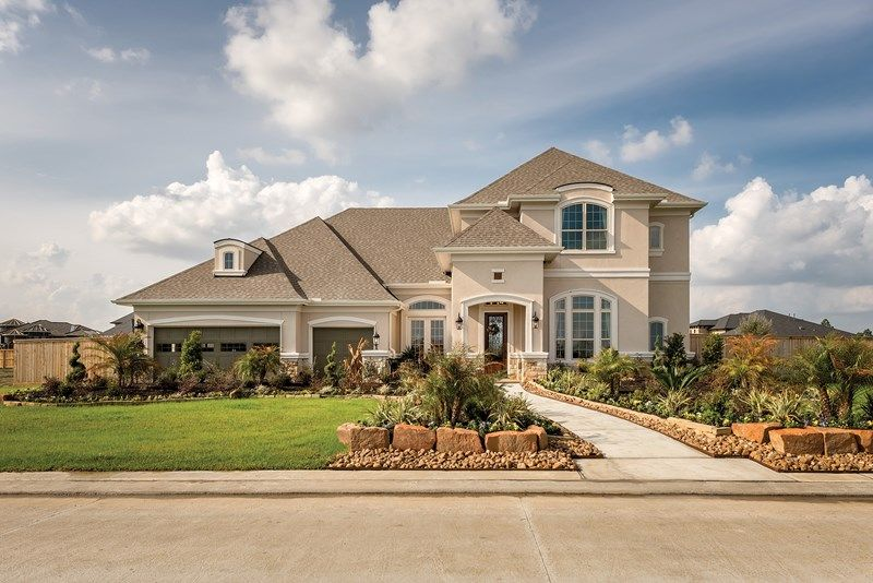 Single Family for Active at Mclaren 1910 Santa Maria Drive Friendswood, Texas 77546 United States