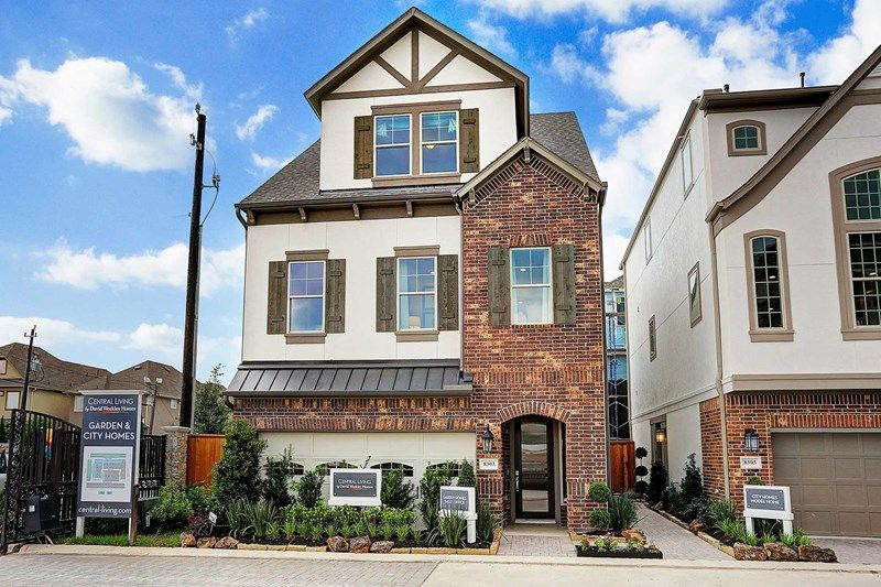 Single Family for Sale at Village At Spring Branch - Garden Homes - Chervais 8305 Ginger Oak St. Houston, Texas 77055 United States