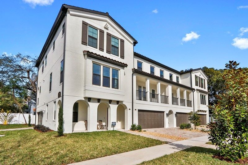 Photo of SOHO Townhomes in Tampa, FL 33609