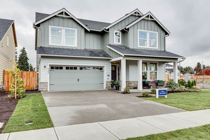 Single Family for Sale at Parkrose 729 S.E. 46th Court Hillsboro, Oregon 97123 United States