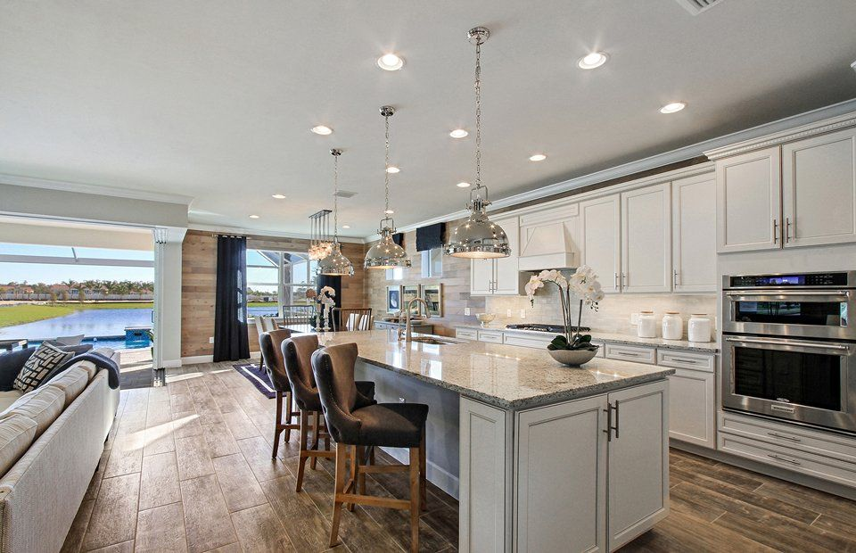Single Familie für Verkauf beim Pinnacle 10506 Jackson Square Drive Estero, Florida 33928 United States