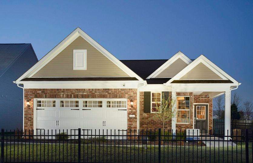 http://partners-dynamic.bdxcdn.com/Images/Homes/DelWebbCorp/max1500_22576628-170519.jpg