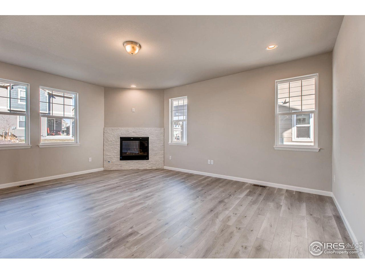 Single Family for Active at Summit 1673 Shoreview Dr Severance, Colorado 80550 United States