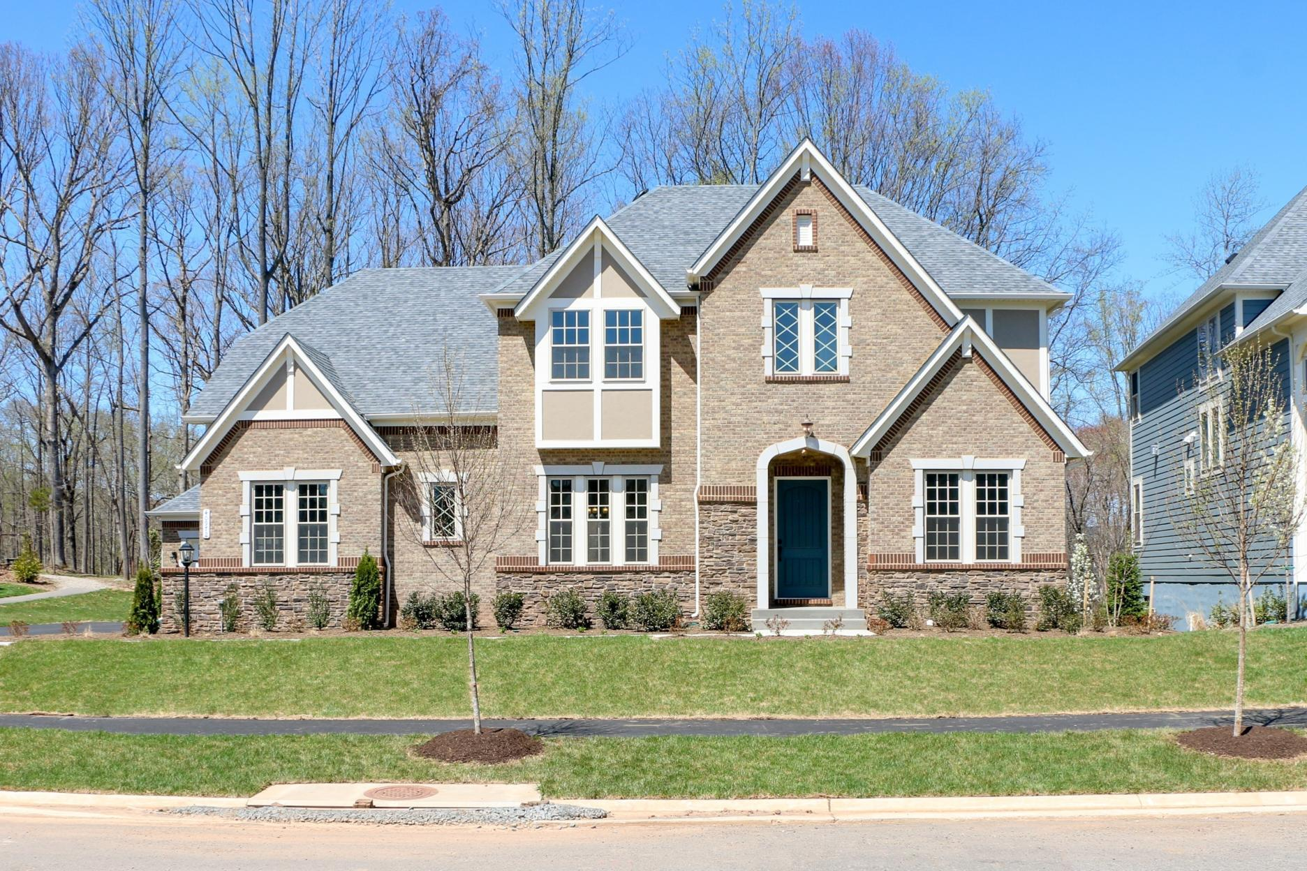 Single Family for Active at Oakton 40972 Blossom Glade Drive Aldie, Virginia 20105 United States