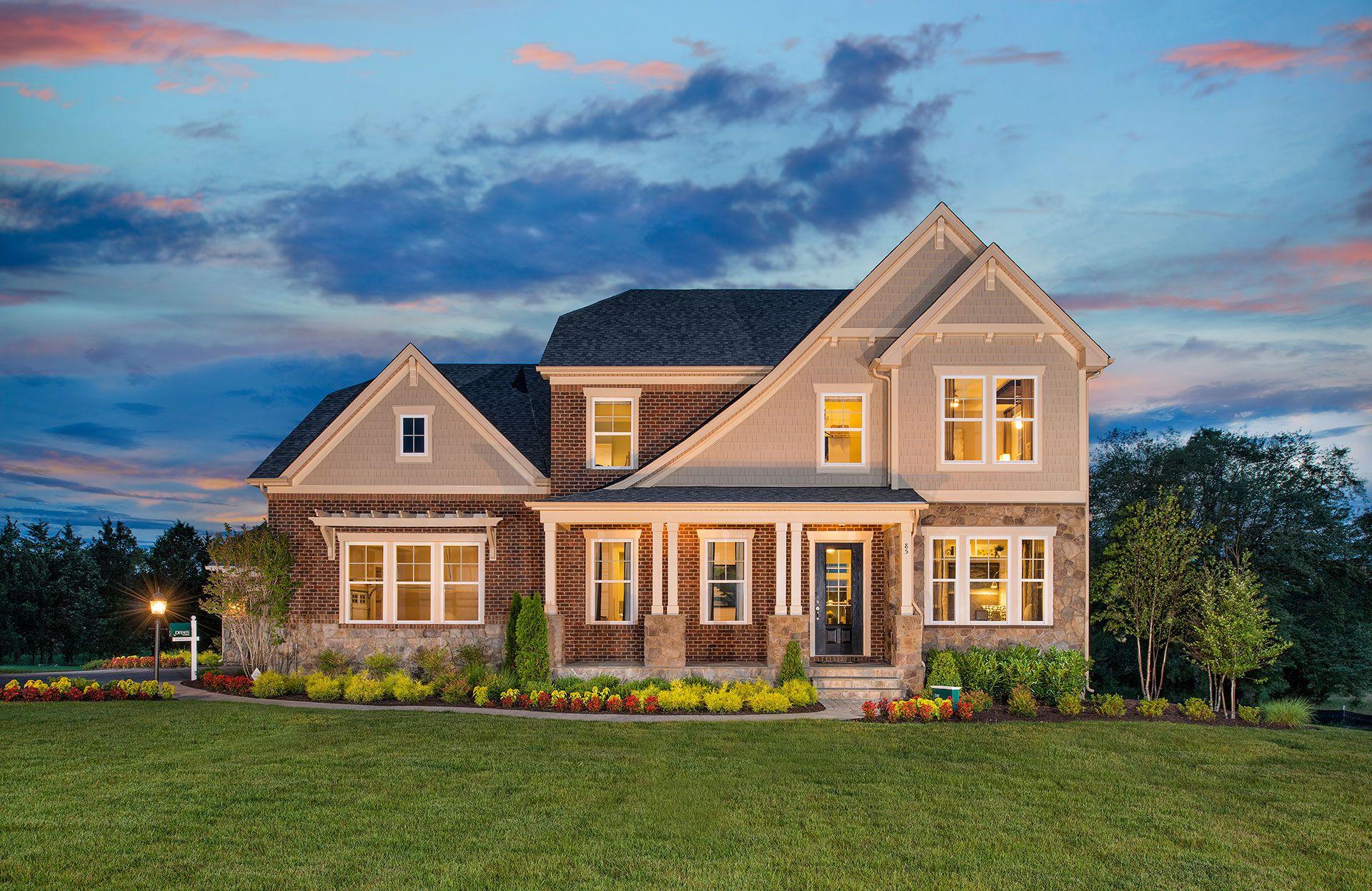 单亲家庭 为 销售 在 Highland Park - Monticello Ravinia Lane Avon, Ohio 44011 United States