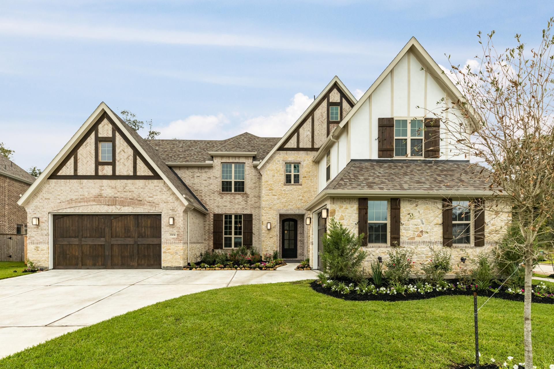 Single Family for Active at Antonio 3304 Royal Falls Court Porter, Texas 77365 United States