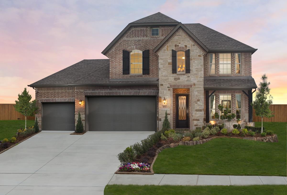 Dunhill Homes Chisholm Trail Ranch Grayson Ctr 1345691 Crowley Tx New Home For Sale