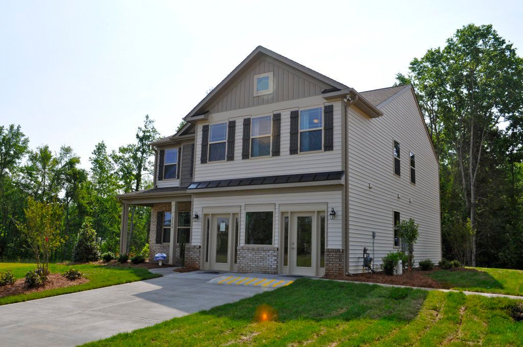 Single Family for Sale at Drexel 1150 Dartmouth Drive Mebane, North Carolina 27302 United States