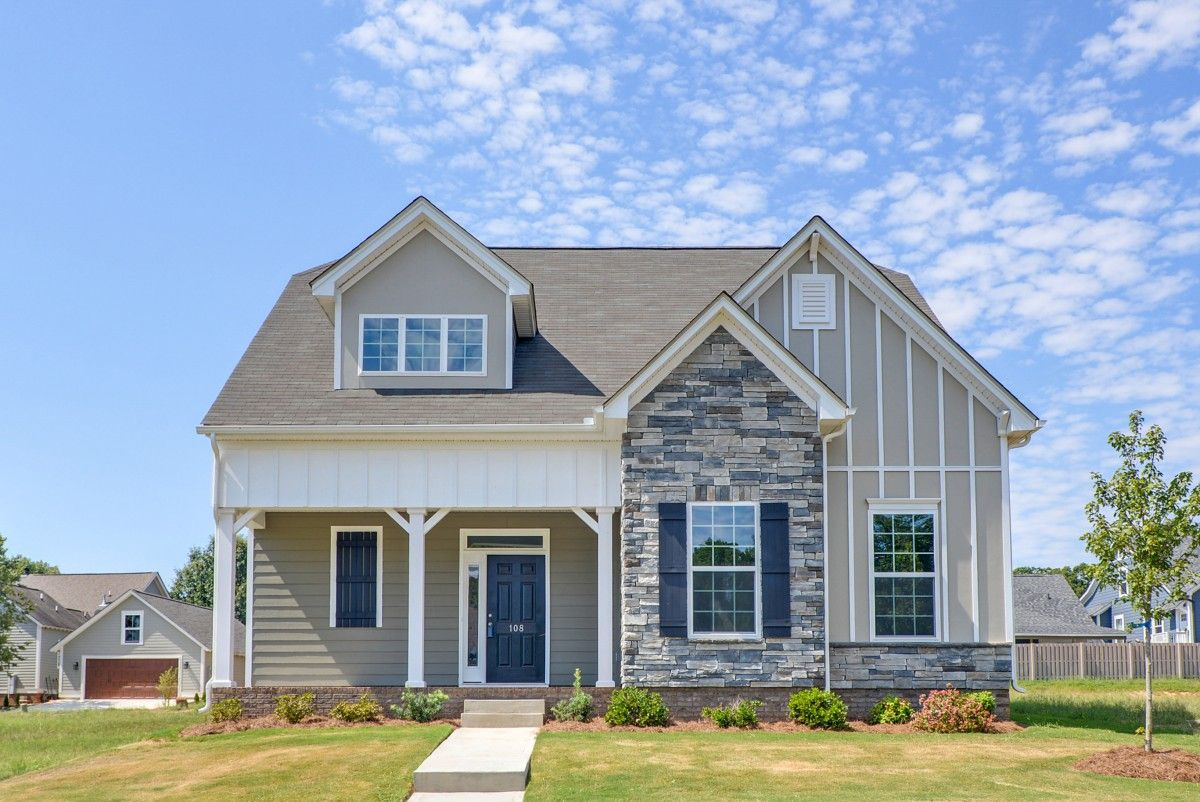 http://partners-dynamic.bdxcdn.com/Images/Homes/EastwoodHomes/max1500_37769365-190911.jpg
