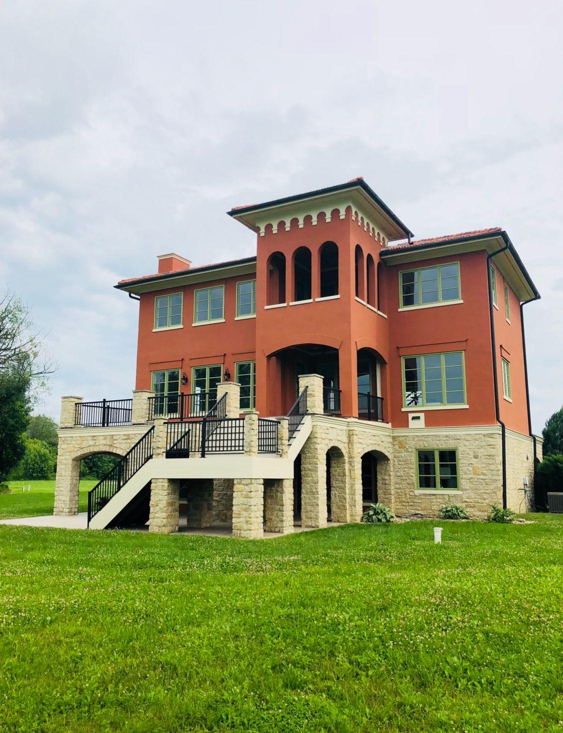 单亲家庭 为 销售 在 Snug Harbor Village - Mediterranean Villa 11943 Mcmurray Way Buckeye Lake, Ohio 43008 United States
