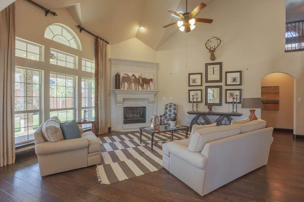 Single Family for Sale at Northcrest Fsw 1400 Bonanza Lane Denton, Texas 76208 United States
