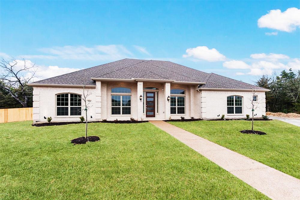http://partners-dynamic.bdxcdn.com/Images/Homes/FirstTexasHomes/max1500_32394642-190220.jpg