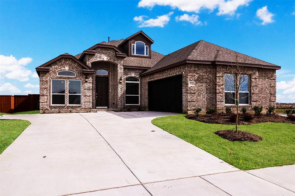 http://partners-dynamic.bdxcdn.com/Images/Homes/FirstTexasHomes/max1500_32530646-190227.jpg
