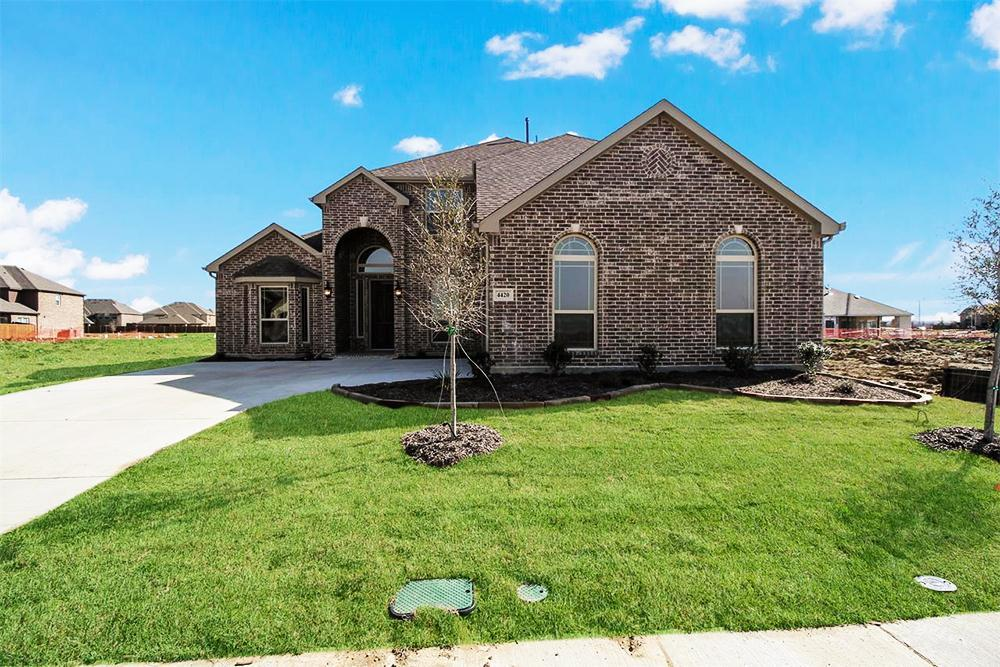 http://partners-dynamic.bdxcdn.com/Images/Homes/FirstTexasHomes/max1500_32769386-190309.jpg
