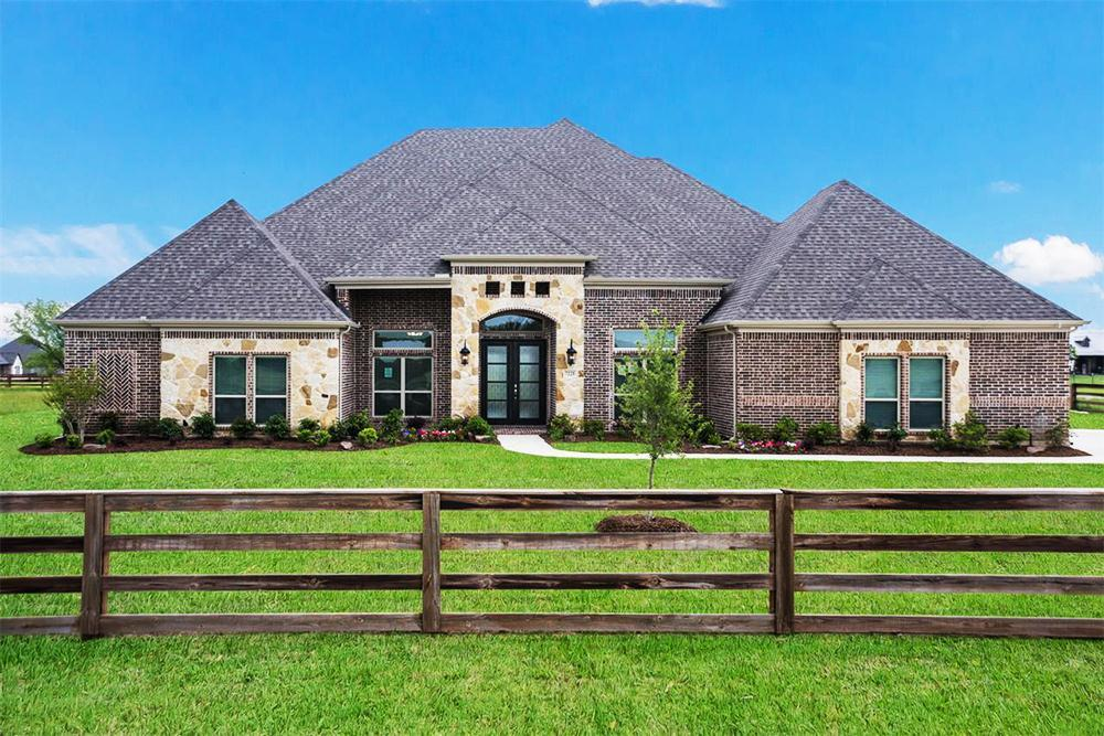 http://partners-dynamic.bdxcdn.com/Images/Homes/FirstTexasHomes/max1500_34265343-190513.jpg
