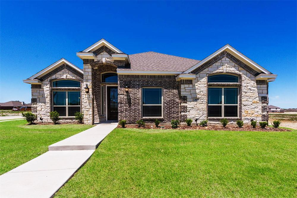 http://partners-dynamic.bdxcdn.com/Images/Homes/FirstTexasHomes/max1500_34374870-190519.jpg