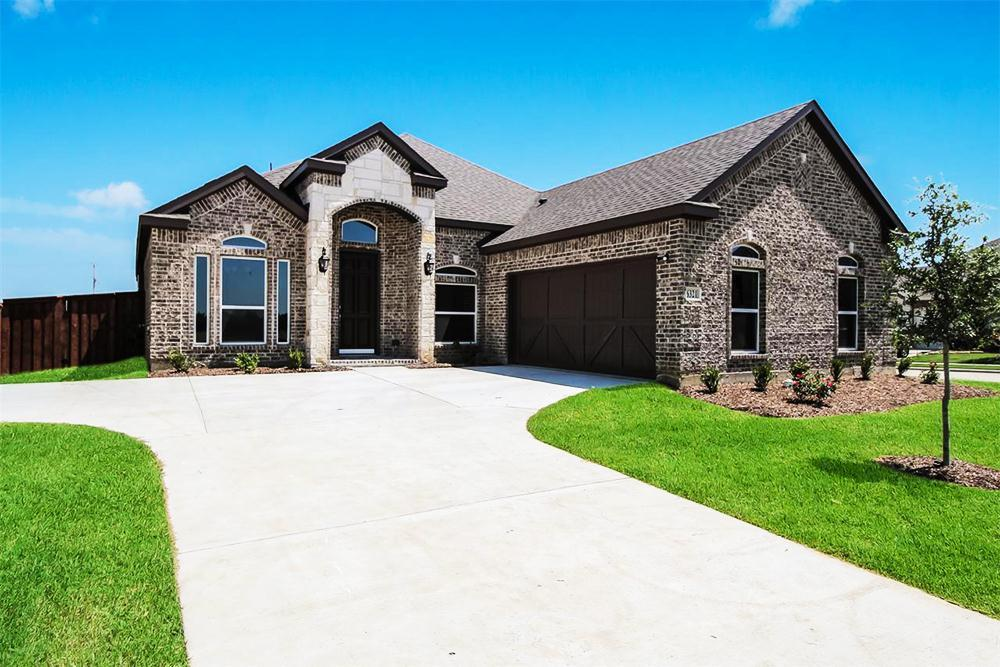 http://partners-dynamic.bdxcdn.com/Images/Homes/FirstTexasHomes/max1500_35672768-190627.jpg