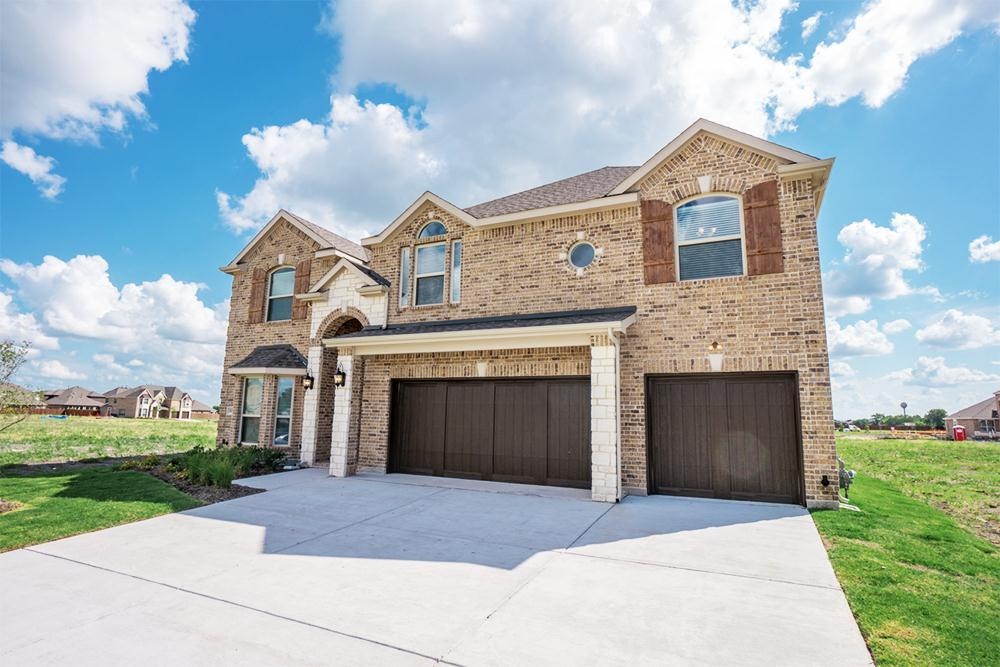 http://partners-dynamic.bdxcdn.com/Images/Homes/FirstTexasHomes/max1500_35904733-190709.jpg
