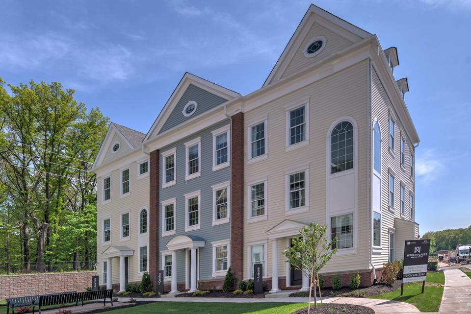 Unifamiliar por un Venta en Wright Place Wesmont Station - The Carolina 12 Passaic Street Wood Ridge, New Jersey 07075 United States