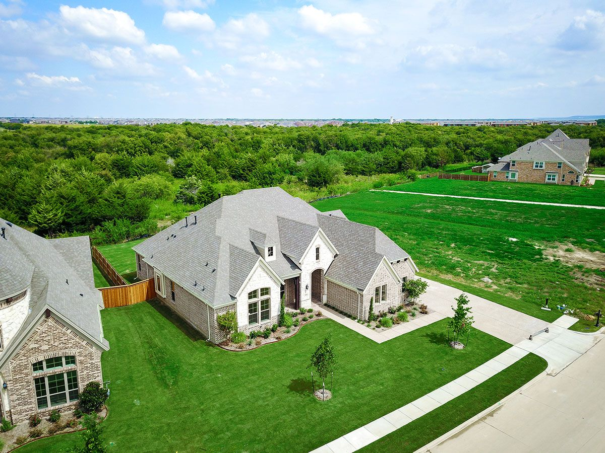 2724 Neblina Court - Gated, Grand Prairie, TX Homes & Land - Real Estate