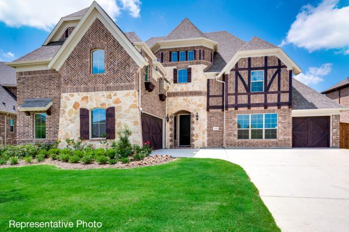 Single Family for Active at Kings Crossing - Downton Abbey - 3rd Car Garage 5906 Middleton Dr Parker, Texas 75002 United States