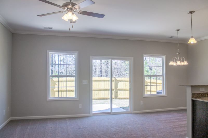 http://partners-dynamic.bdxcdn.com/Images/Homes/GreatSouthernHomes/max1500_30880052-181202.jpg