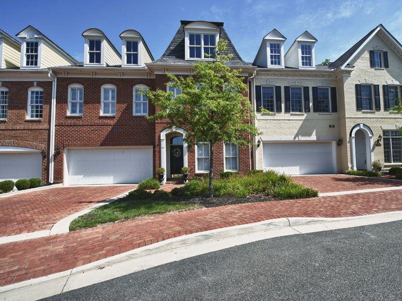 Single Family for Active at Grayson Hill - The Farrington 1000 Basildon Court Henrico, Virginia 23229 United States