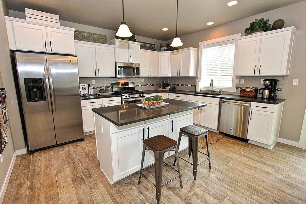 Single Family for Sale at Stoneridge 1461 Washington St. Independence, Oregon 97351 United States