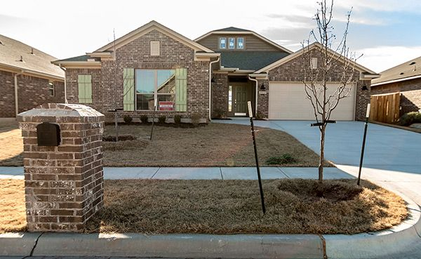 Real Estate at 18809 Vea Dr, Edmond in Oklahoma County, OK 73012