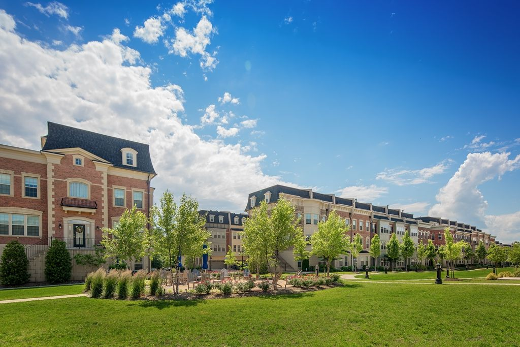 Single Family for Active at Potomac Overlook Brownstones - The Monocacy 503 Halliard Lane National Harbor, Maryland 20745 United States