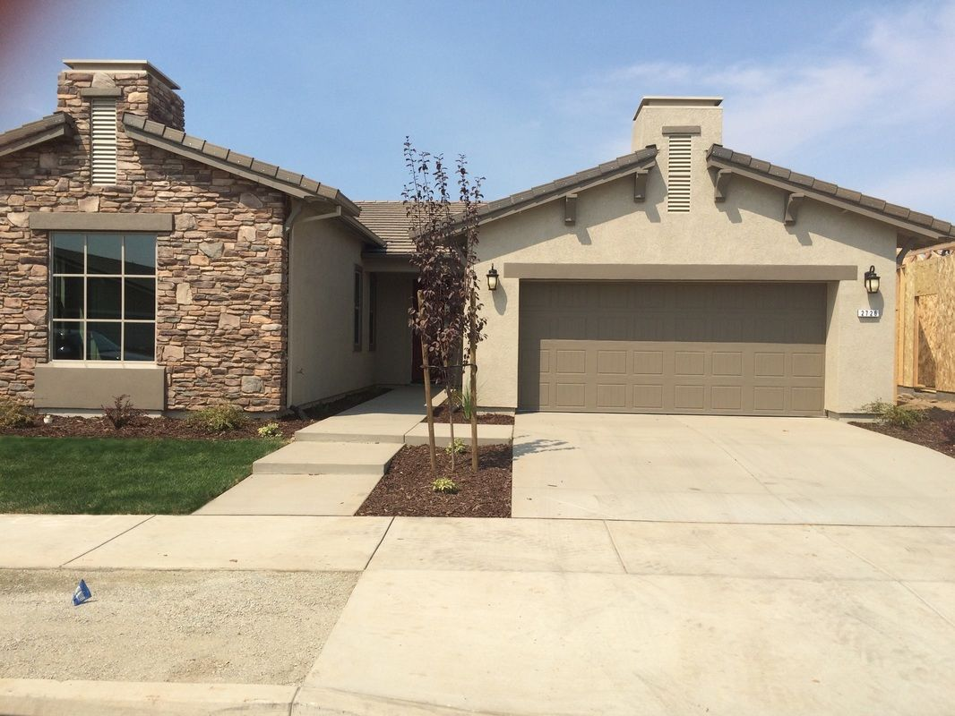 Single Family for Sale at Bela Terra - Newport 8688 N Anning Court Hilmar, California 95324 United States